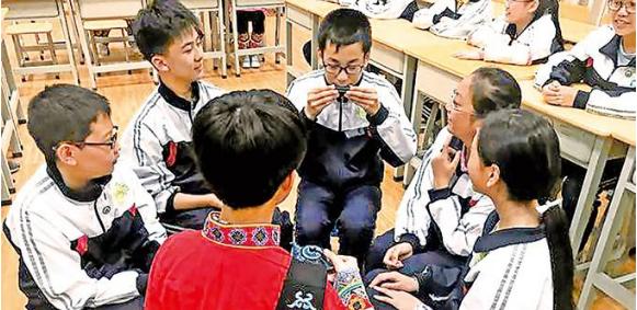 情境教学构建初中历史趣味课堂