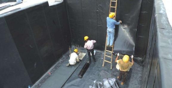 地下车库防水设计及其面层材料选择