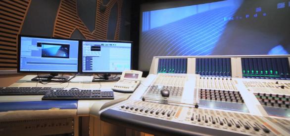 浅析广播电视技术维护管理