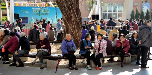 老年社会工作介入社区居家养老服务的优势分析