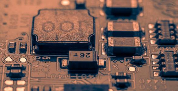 电子信息工程技术在通信智能中的运用探究