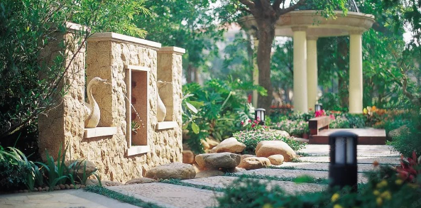 """""""负建筑""""视域中的中国古典园林设计"""