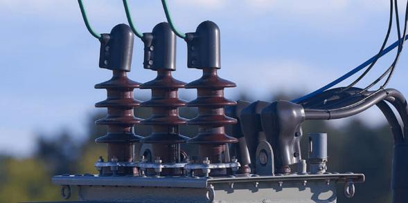 128kV双电压式电力变压器的开发设计