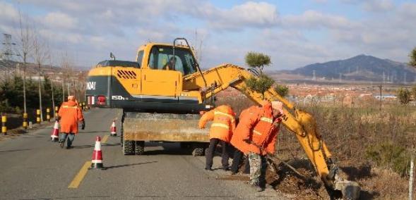 低等级公路路域环境治理对策探讨