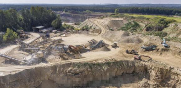 浅谈建筑类砂石土矿露天开采现状及对策
