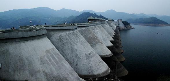 水库大坝坝体填筑施工技术分析