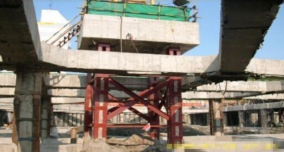 建筑施工格构式塔吊基础应用