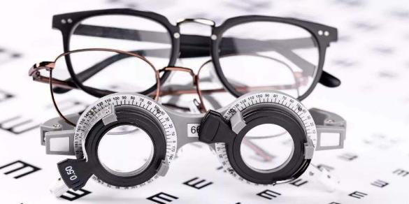 针刺治疗青少年近视的效果